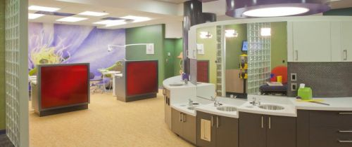 Reyes Medical Associates Inc. Pediatric Office Size: 2513 sq. ft. / 5 exam rooms.   Year of Completion: 2008. Orlando Vales, DDS General Dentistry Size: 1177 sq.
